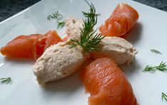Lachsmousse Rezept # Food and Drink menu dinner parties küchengötter. Cold Appetizers, Appetizers For Party, Salmon Mousse Recipes, Toxic Foods, Clean Eating Dinner, Evening Meals, Shrimp Recipes, Finger Foods, Food And Drink