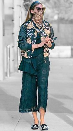 Olivia Palermo in New York City, New York on Saturday Look Olivia Palermo, Olivia Palermo Outfit, Estilo Olivia Palermo, Olivia Palermo Lookbook, Olivia Palermo Street Style, Stockholm Street Style, Paris Street, Milan Fashion Weeks, Paris Fashion