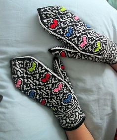 Ravelry: Tangled Hearts pattern by Natalia Moreva