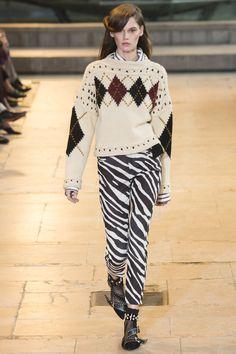 Isabel Marant Fall 2016 Ready-to-Wear Fashion Show - Angel Rutledge (OUI)