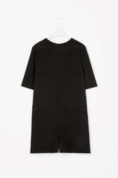 COS Low-back silk jumpsuit Silk Jumpsuit, Low Back, Black Silk, Trousers Women, Jumpsuits For Women, Short Sleeve Dresses, Fashion Outfits, Clothes For Women, Cos