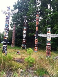 Totem Poles in Stanley Park Vancouver BC