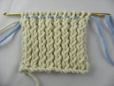 Knooking - rib pattern 1 - 1 , Crossed (IN GERMAN - If you are familiar with knooking, you can watch this video to learn this stitch... The video is very good... Deb)