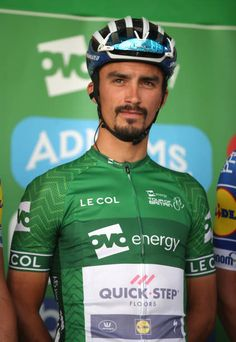 Team Quick Step's Julian Alaphilippe prior to the start of stage eight of the Ovo Energy Tour of Britain 2018 around London Uci World Tour, Travel Tours, Travel Ideas, Tour Of Britain, Hot Guys, Hot Men, Going On Holiday, Pro Cycling, Retro Vintage