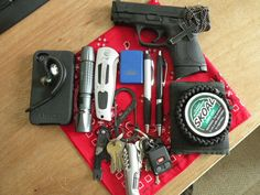 Other then the iPhone and Ford Zippo,  this is a great EDC! Strive to achieve this!