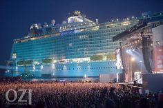 Auch im vergangenen Jahr waren rund 25 000 Leute beim NDR-2-Festival an der Meyer-Werft in Papenburg. Damit war die Veranstaltung ausverkauft. Bild: Archiv