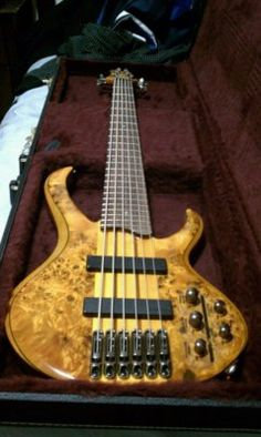 Ibanez Btb776pb 6 string Bass Guitar