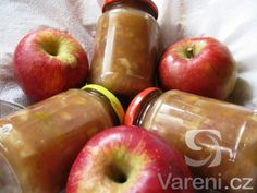 Domácí pečený čaj nás v zimě příjemně zahřeje. Recept pro domácí pekárnu. High Sugar, Healthy Recipes, Apple, Homemade, Fruit, Food, Recipes, Syrup, Apple Fruit