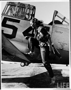 Photo of a pilot of the U.S. Women's Air Force Service by Peter Stackpole, 1943. #Tomboy: