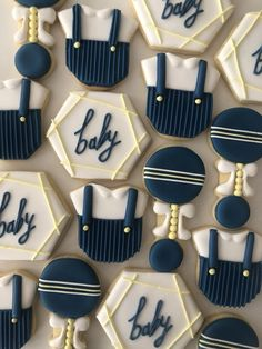 Baby Boy Baby Boy Cookies, Baby Boy Cupcakes, Cupcakes For Boys, Baby Shower Cookies, Fun Cookies, Sugar Cookies, Baby Shower Wall Decor, Deco Baby Shower, Baby Shower Themes