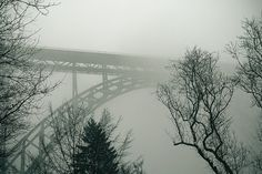 Müngstener Brücke im Nebel Places To Visit, Construction, Explore, Architecture, Bridges, Winter, Travel, Mists, House