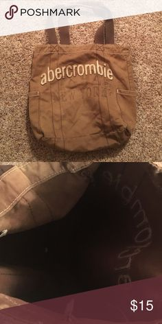 Brown Abercrombie tote bag Abercrombie tote bag. Still in good condition Abercrombie & Fitch Bags Totes