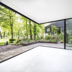 Villa In Park Breder