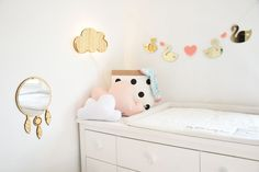 Garland Golden Mirror Swan and Pink Hearts will make your kids room unique and special! by @kita4kids