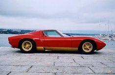 1965 Lamborghini Miura - so so low...