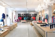 #productpresentation #storeinterior #sportsstore #sportstore #yogastore #storeinterior Nike Store, Interior Design Studio, Store Design, Running, Home Decor, Projects, Design Interiors, Racing, Homemade Home Decor