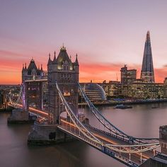 TOP London by @tmnikonian • #toplondonphoto Look at the featured gallery to share the ❤️ #communityfirst