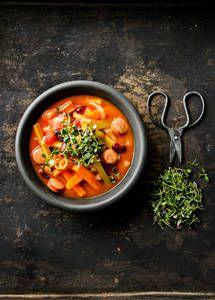 Krakovan makkarakeitto | K-Ruoka Koti, Thai Red Curry, Soup Recipes, Cooking, Ethnic Recipes, Finland, Kitchen, Brewing, Cuisine