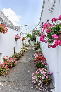 19 Truly Charming Places To See Before You Die - Alberobello, Italy
