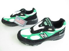 Mens New Balance 993 Green Black White Vintage Style Running Athletic Shoes 8.5