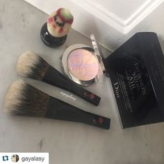 #Repost @gayalasy with @repostapp.  Here are my babies Everything in perfect condition  The WCS from #kihitsu are so so soft I am still  everytime i receive one of them. I finally have my #powderbrush in L and another in M.  Both are drying right now .  I have also fallen for the #diorglowpowder in 025  It is absolutely gorgeous Why but why is it an Asia exclusive @diormakeup ?  Thank you again @toshiyafukuma for your very kind attention and for the little fellow here  And of course for…