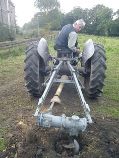 Beamish Auger Tractor Drawbar, Yard Tractors, Small Tractors, Antique Tractors, Vintage Tractors, 3 Point Tractor Attachments, Sub Compact Tractors, Tractor Accessories, Work Train