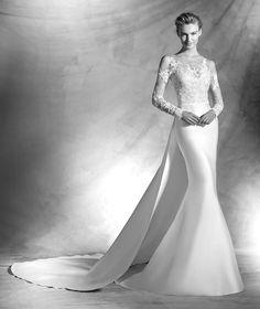 VITORIAL - Lace wedding dress with bateau neckline | Pronovias