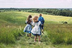 "Paade Mode SS15  ""My true nature"" Summer, kids, Linen, nature, happy childhood, happy family, photo @vikaniska , style @kidsgazette"
