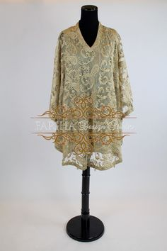 BEIGE EMBROIDERED LACE CAPE