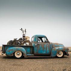 Gm Trucks, Cool Trucks, Chevy Trucks, Vintage Pickup Trucks, Vintage Cars, Classic Trucks, Classic Cars, Bike Sketch, Harley Bikes