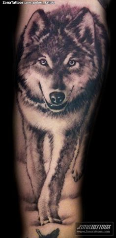 Tatuaje de poker_tattoo. love wolves and dog tats.