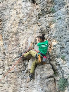 www.boulderingonline.pl Rock climbing and bouldering pictures and news holdbreaker:@hazalse