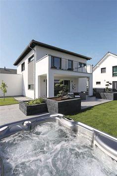 Modern City Villa with Jacuzzi – WeberHaus City Life Kundenhaus – HausbauDirekt.de - Decoration For Home Future House, My House, Gazebos, Modern Backyard, Backyard Ideas, Modern City, House Goals, Jacuzzi, Home Fashion