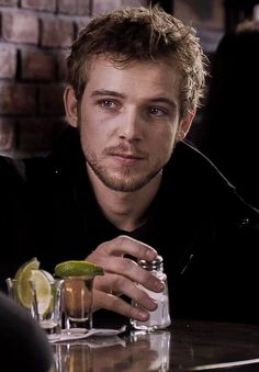 Max Theriot, Dylan Massett, Norma Bates, Tv Series 2017, Smallville, Face Claims, Celebrity Crush, Actors & Actresses, Bates Motel