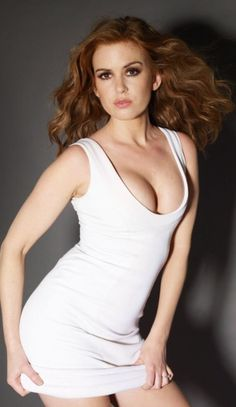 My 44 favorite images of Isla Fisher, one for each year she's been on the planet. If you like what you see here, check out my Hottest Month of the Year Poll. Isla Fisher, Beautiful Celebrities, Gorgeous Women, Beautiful Actresses, Actrices Hollywood, Foto Pose, Sexy Shorts, Redheads, Short Dresses