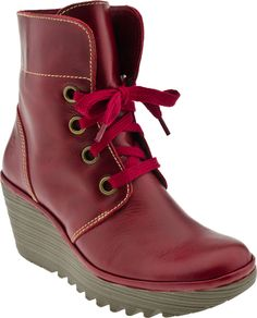 a773dfe68aa Fly London Yel Women s Ankle Boot (Red Rug) Flat Heel Boots