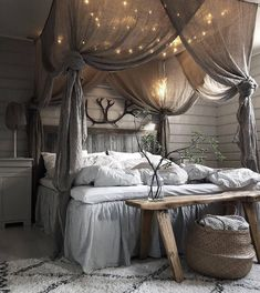 41 Glamorous Canopy Beds Ideas For Romantic Bedroom. Glamorous Canopy Beds Ideas For Romantic Bedroom 37 Ever since I was a child, I have adored canopy beds. Growing up, my parents had a great wrought iron […] Home Decor Bedroom, Dream Room, Bedroom Makeover, Home Bedroom, Romantic Bedroom, Home Decor, House Interior, Bed, Dream Rooms