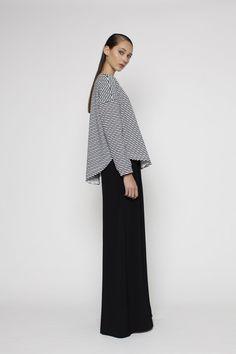 PRE ORDER 2224-02 Draw the Line Sweater – Blak