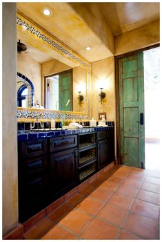 I love the originality in this design - and the colors. It's very Mediterranean and there is a part of me that will always gravitate to this - even though my house is so colonial
