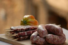 Abruzzo's sausages and lamb arrosticini are tasty! #Italy #food