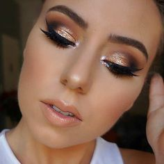 Dramatic Gold Eyes and Nude Lips