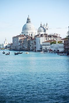 Virgen de la Salute. ;-)) Venice © Natasha Calhoun Venice © Natasha Calhoun