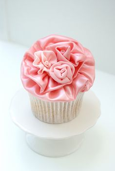 Satin ruffle cupcake by Icing Bliss, via Flickr
