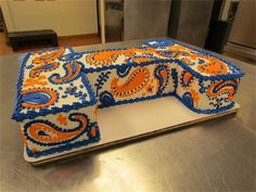 Orange and Blue University of Illinois paisley I cake