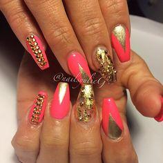 Pink and Gold Swarovski Nail Art @nailsyulieg