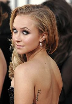 Hayden Panettiere Tattoo Quote On Back        #tattoo #celebrity #quote