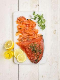Så god gravad lax, med frisk smak av citronlikör och dill. Gravad Lax Recipe, Scandinavian Food, Limoncello, Fish And Seafood, Fish Recipes, Carrots, Salmon, Food And Drink, Appetizers