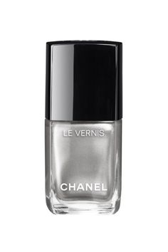 The holiday collection is here. 'Tis the season of pearlescent whites and a Dior lacquer shaped like an ornament. Here is the most mesmerizing nail polishes to wear this holiday season, starting with the Chanel Le Vernis in Liquid Mirror.
