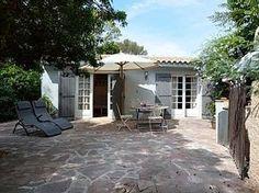 Kleines+Haus+200m+Meer+und+Sandstrand+Wohngebiet+von+Boulouris+++Ferienhaus in Esterel - Fayence von @homeaway! #vacation #rental #travel #homeaway