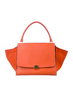 This Céline Trapeze  bag is a GORGEOUS option for spring & summer.
